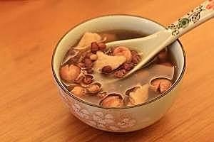 茯苓红豆莲子汤